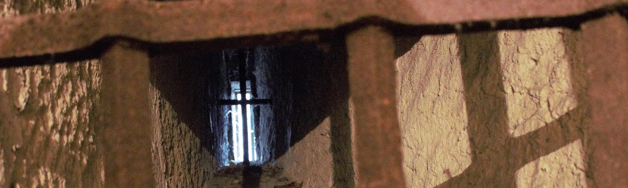 Der Turm und seine Kerker